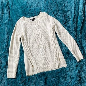 INC INTERNATIONAL CONCEPTS CABLE KNIT SWEATER EUC